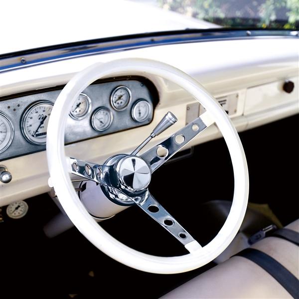 13 Inch 3 Hole Spoke Classic Steering Wheels In Black Or White